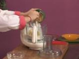Ябълков сладкиш с крем сирене и топинг от овесени ядки