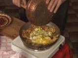 Пържени картофи с яйца и сирене 6