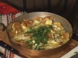 Пържени картофи с яйца и сирене 8