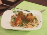 Пилешки кюфтенца с доматен сос и спагети 8