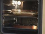 Пилешко руло със сушени домати, бекон и маслини 10