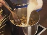 Капелини със сметанов сос и миди 5