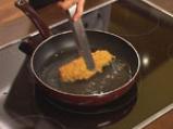 Хрупкави пилешки пурички с пъпеш и козе сирене 9