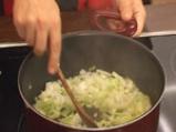 Лучена супа с праз и топено сирене 3