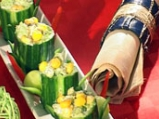 Салата от царевица и броколи в чашка ...