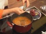Супа от червена леща с маслинени кротончета 6