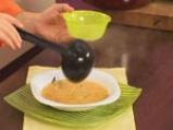 Супа от червена леща с маслинени кротончета 9