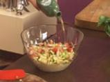 Зеленчукова салата с калмари и ризони 7