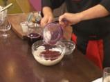 Орехова пита с вишнев крем 7