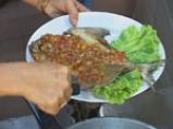 Пържена риба със сладко-кисел чили сос 8