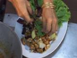 Пиле с кашу по тайландски 7