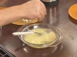 Пъстърва с орехова коричка и синьо сирене 4