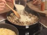 Пълнено пиле с праз, кисело зеле и дреболии 4