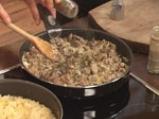Пълнено пиле с праз, кисело зеле и дреболии 5