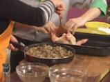 Пълнено пиле с праз, кисело зеле и дреболии 6