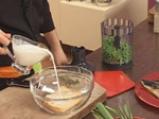 Скумрия в зелен сос и грахови тиганици 3