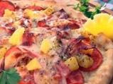 Пица с пуешка шунка и ананас