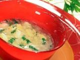 Зелева супа с картофи и сирене