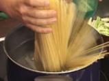 Спагети в салса \