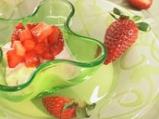 Млечна следобедна закуска с ягоди