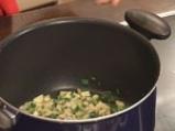 Супа от аспержи, спанак и заливка с пармезан 2