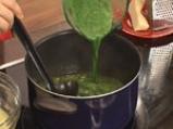 Супа от аспержи, спанак и заливка с пармезан 8