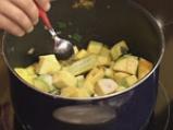 Студена супа от тиквички с дъх на сусам 4
