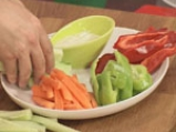 Зеленчуково плато с къри дип 7