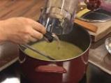 Супа от фасул с бадеми 5