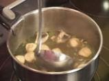 Сладко-кисела тайландска супа със скариди и лимонова трева 6