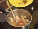 Сладко-кисела тайландска супа със скариди и лимонова трева 7
