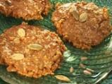 Медени бисквитки със сусам и ядки