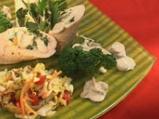Пилешко руло със спанак и гъбен сос