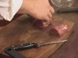 Мариновано телешко филе със салата от краставици и хрян 3