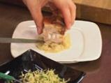 Свински гърди със сладко-кисело баварско зеле и картофи с коричка 9