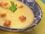 Пасирана зеленчукова крем супа с крутони