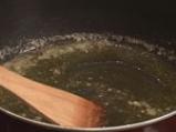 Пилешко фрикасе с чесън