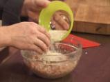 Супа топчета със спанак 4