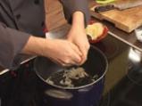 Супа топчета със спанак 6