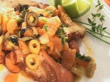 Задушен октопод с маслини, кедрови яд...