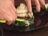 Руло от лаврак с канапе от спанак с лимоново-чеснов дресинг 8