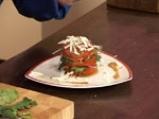 Спаначена салата със сирене и малинов винегрет 6