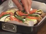 Пиле на плоча със зеленчуци 3