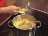 Царевична супа с чушки и тиквички 3