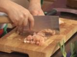 Пилешки хапки с кокосова салата от краставици