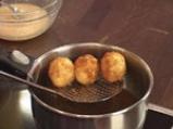 Картофени кюфтенца с шунка  4