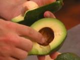 Пюре от авокадо с тахан