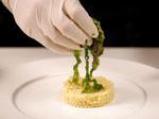 Патешки гърди върху кускус с чипс от ананас 2