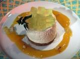 Чийзкейк с алое вера и сос от манго