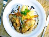 Бяла риба с люспи от пресни картофи